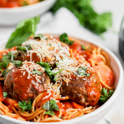 30 Minute Instant Pot Spaghetti and Meatballs